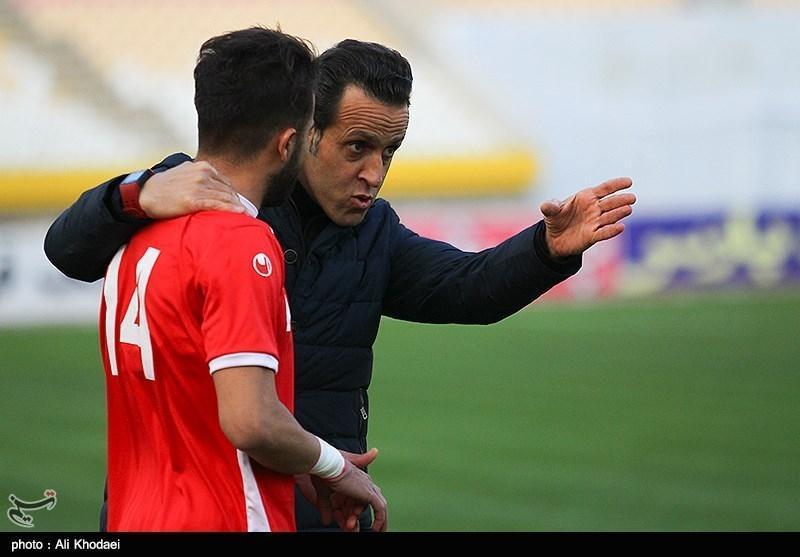 واکنش علی کریمی به شایعه مربیگری اش در تراکتور