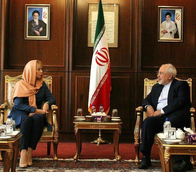 ظریف: اروپا تحت تاثیر اقدامات دیگر کشورها در همکاری با ایران قرار نگیرد