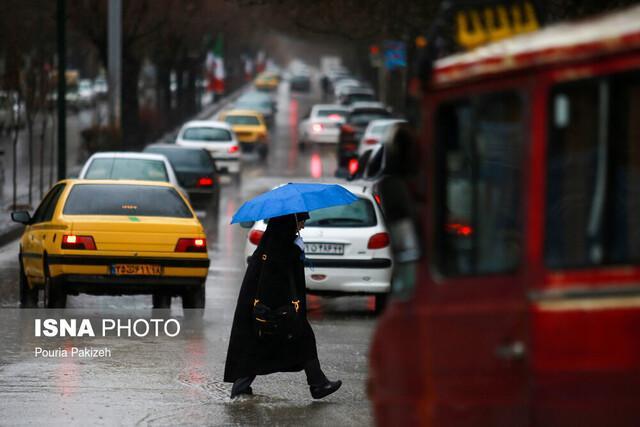 بارش باران در محورهای دو استان شمالی، ترافیک روان در بیشتر محورها