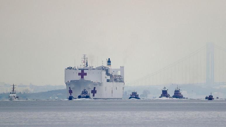 خبرنگاران شیوع کرونا در کشتی بیمارستانی نیروی دریایی آمریکا