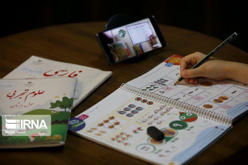 خبرنگاران آموزش و پرورش ساخت تبلت های دانش آموزی را سفارش داد