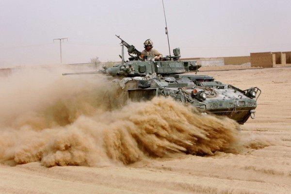 کانادا نظامیان خود را در منطقه کاهش می دهد