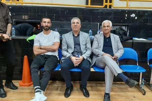 مهران شاهین طبع سرمربی تیم بسکتبال شهرداری گرگان ماند