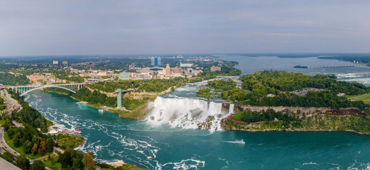 مقاله: گشت تابستانی با ویزای مولتی کانادا