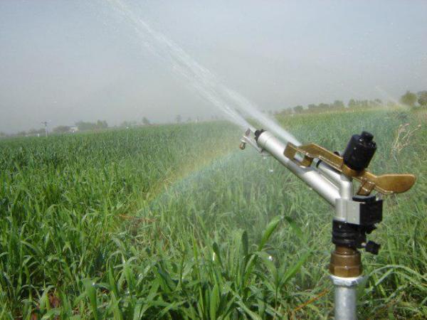 مجهز شدن هزار هکتار زمین زراعی لرستان به سامانه آبیاری نوین