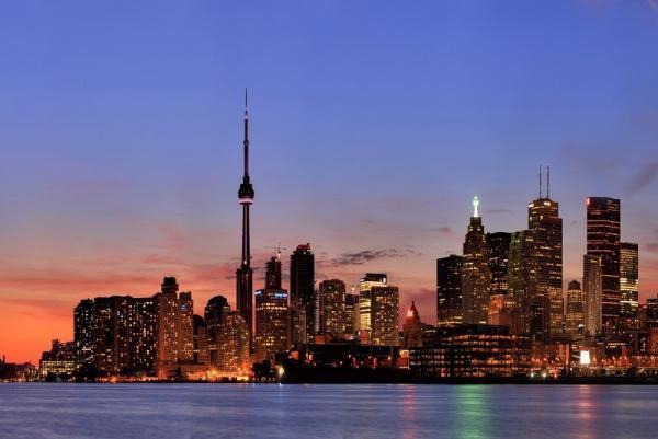 تور کانادا: جاذبه هایی که نباید در تورنتو از دست بدهید